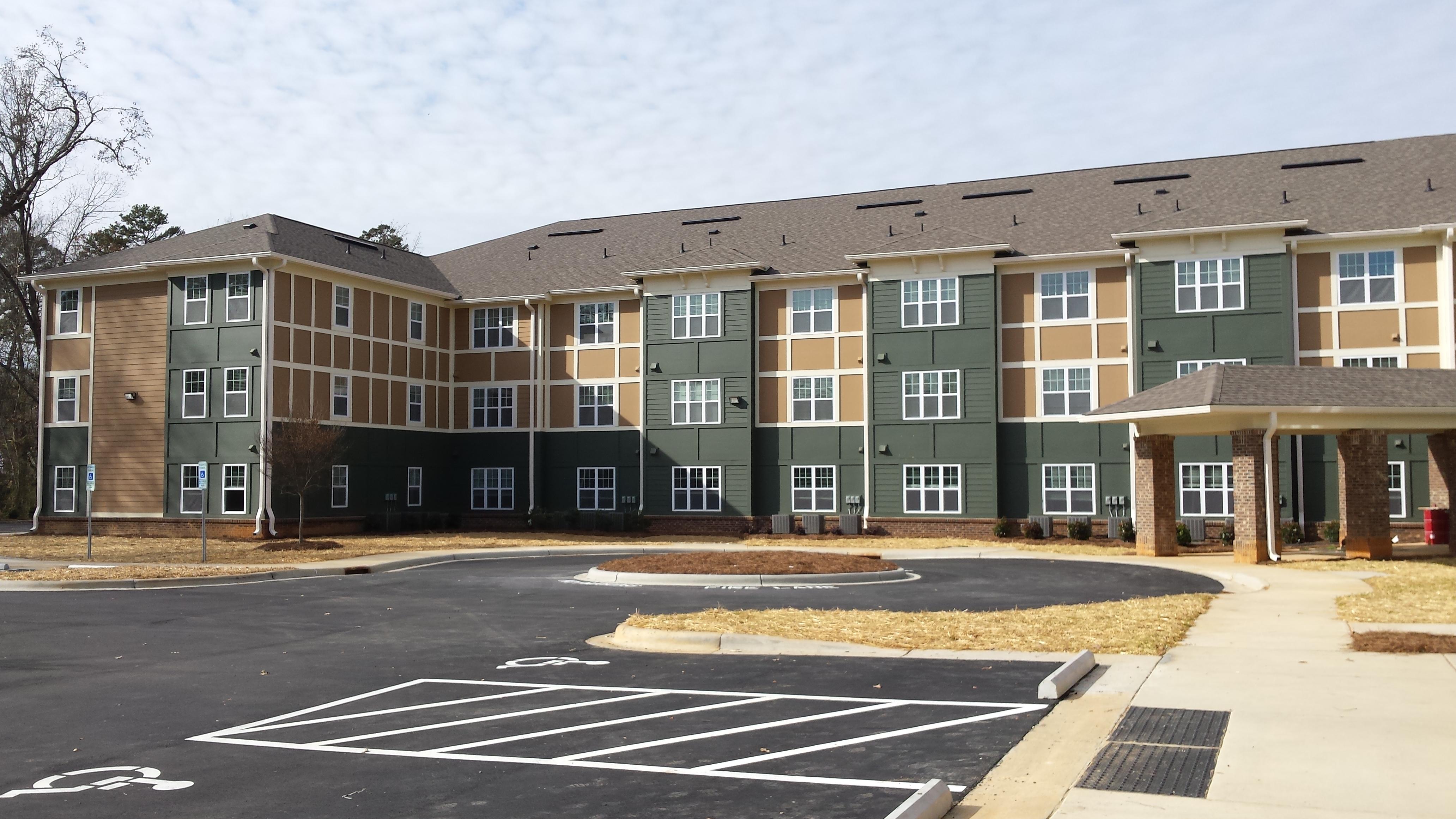 catawba-senior-living-housing_multi-family_secondary_04