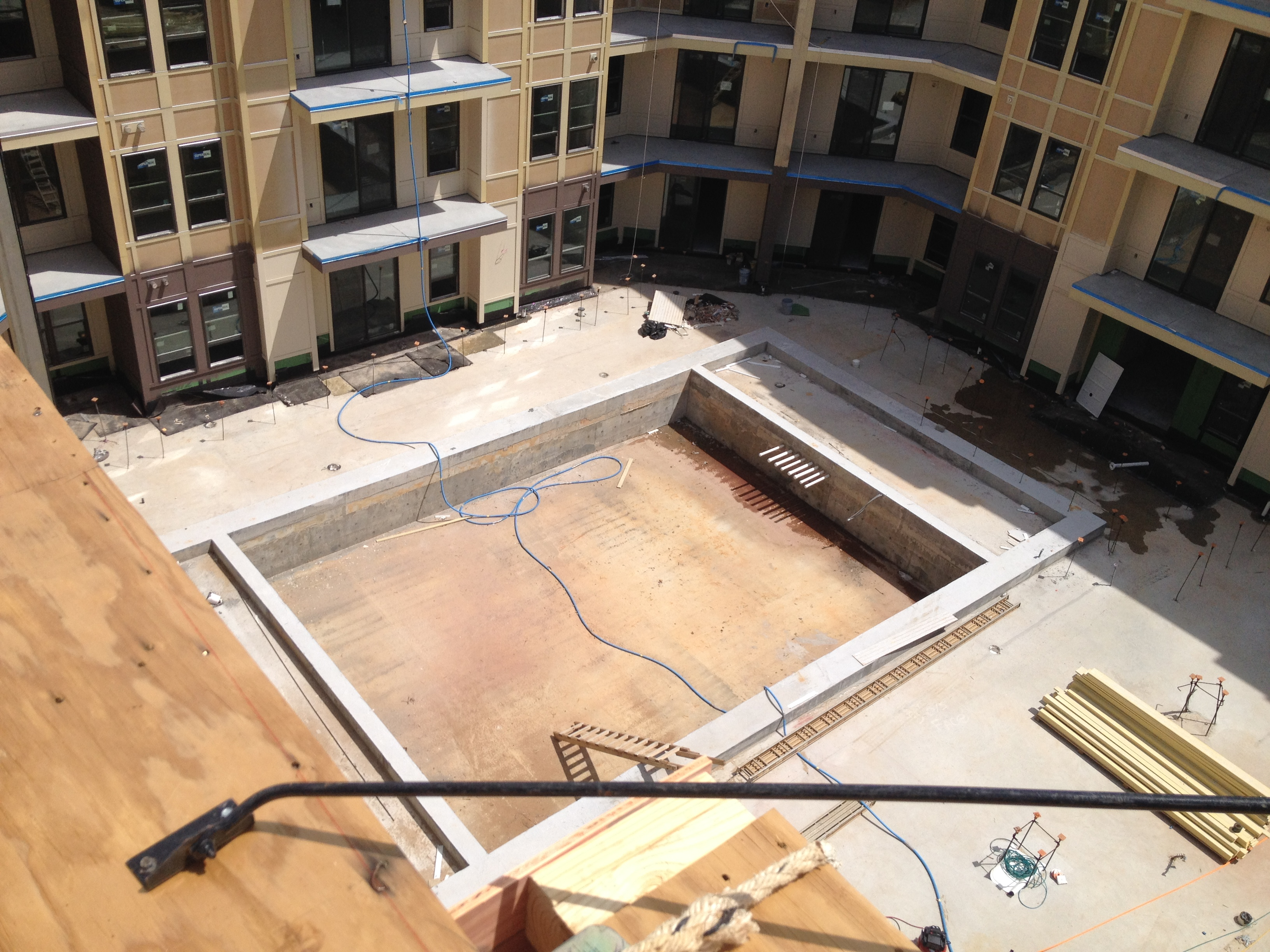 rhett&wardlow-apartments_multi-family_secondary_01